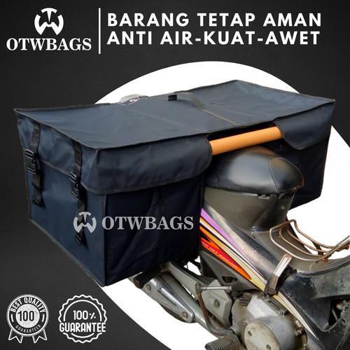 Foto Produk Tas Motor Anti Air Sedang Warna Hitam List Hitam dari OTWBAGS