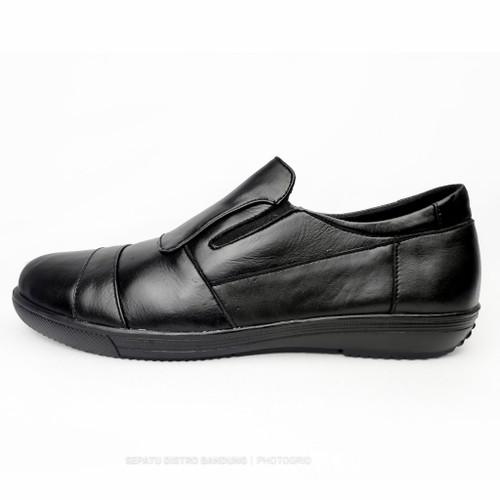 Foto Produk BEST Sepatu pria casual slipon nyaman simpel murah original kulit asli dari Sepatu Distro Bandung