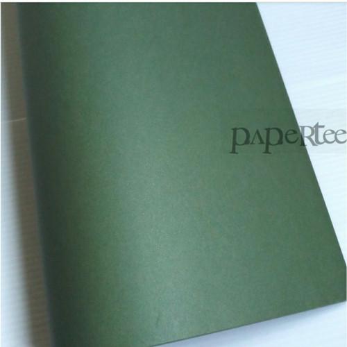 Foto Produk Kertas Kado Polos Hijau Kertas Kado Sampul Buku dari Paper Tee