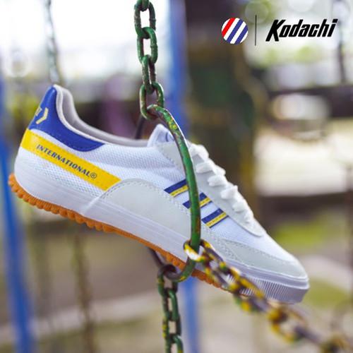 Foto Produk Sepatu Capung Kodachi 8116 Kuning Biru ukuran - Badminton Volley - 38 dari sepatu kodachi