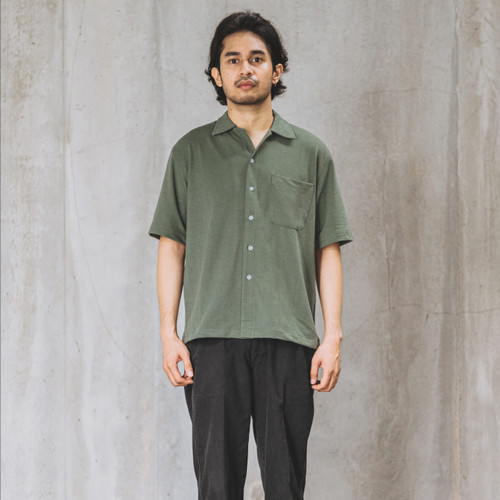 Foto Produk Relaxed Knitted Shirt - Army dari Contentment Store