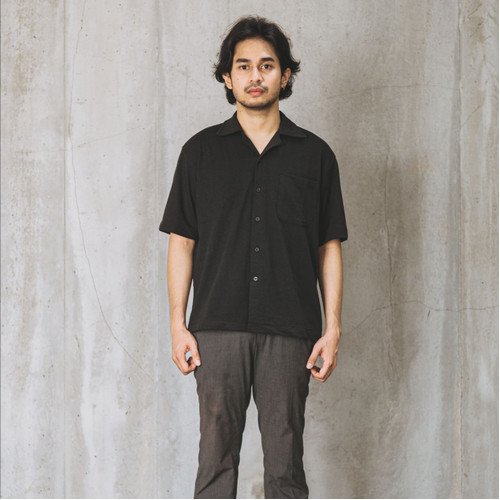 Foto Produk Relaxed Knitted Shirt - Black - S dari Contentment Store