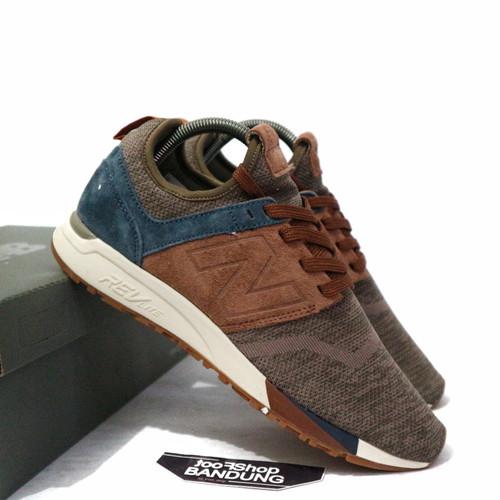 Sepatu Sneakers Casual Pria New Balance 247 Luxe Suede Dark Brown Navy - 43