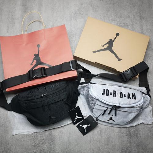 Foto Produk Air Jordan Burst Crack WaistBag Full Set Free Box, Paperbag N Dustbag - Abu-abu dari ElinorStore