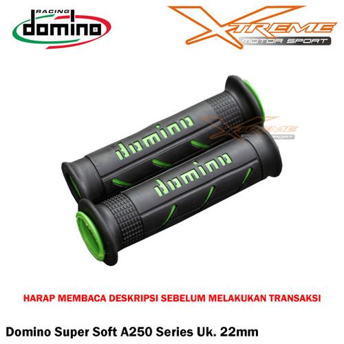 Foto Produk Handgrip Domino Italy Super Soft Series - Black Green dari Xtreme Motor Sport