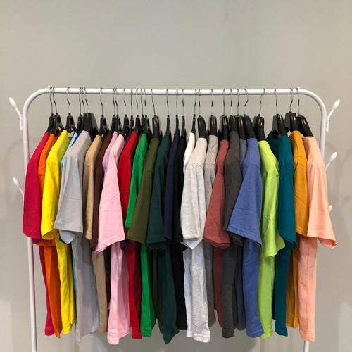 """Foto Produk Kaos Polos Premium cotton combed 30 S , bukan yang abal"""" yaaa premium dari Online Shop 888"""