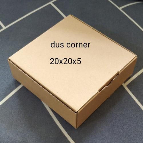 Foto Produk kardus packing box pizza / die cut uk 20x20x5 - Cokelat dari Dus Corner
