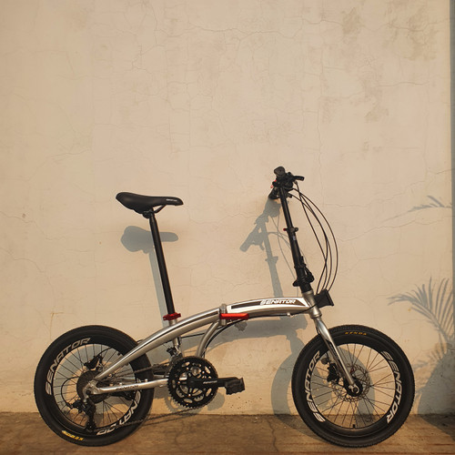 Foto Produk Sepeda Lipat Alloy Hidrolik Senator Folding Bike - Silver dari yugowes