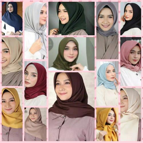 Foto Produk Hijab Kerudung Jilbab Segi Empat Katun Voal POLOS LASERCUT AZARA - HijauBotol dari Colorvertia