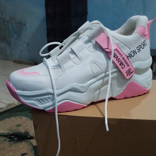 Foto Produk Sneaker Sepatu Korea Wanita Wanwoo 88 - Pink, 37 dari Sepatubustong