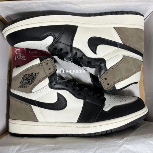 Foto Produk Nike Air Jordan 1 High Dark Mocha BNIB ORIGINAL MATERIAL GUARANTEE dari Gudang Bubu