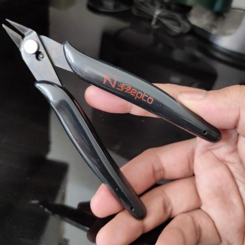 Foto Produk Tang potong kabel Nepto High Quality mini pliers dari RAJACELL BEKASI