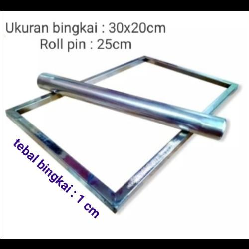Foto Produk Bingkai Perata Adonan Kue Kering Stainless - 30 x 20cm dari va's collections