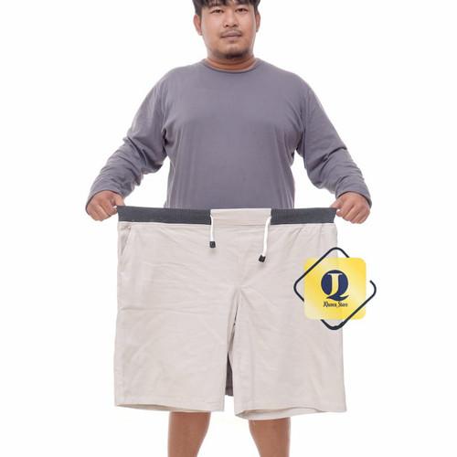 Foto Produk JUMBO!!! Celana chino jumbo pendek pria - krem, 34 dari JQueen_STORE