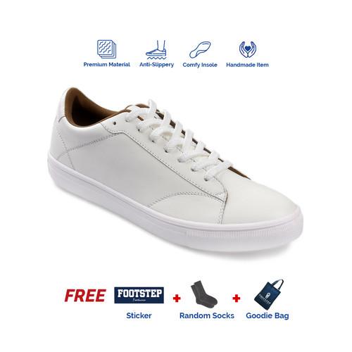 Foto Produk Sepatu Sneakers Pria Footstep Footwear - Smith White - 39 dari Footstep Footwear