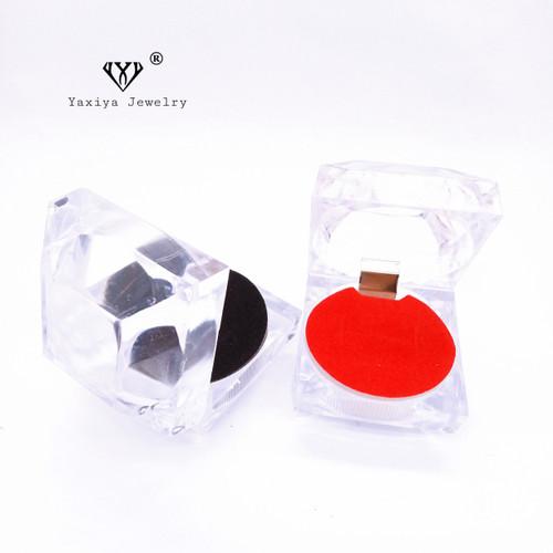 Foto Produk Tempat cincin / Kotak cincin crystal - Hitam, MODEL KOTAK dari YAXIYA JEWELRY