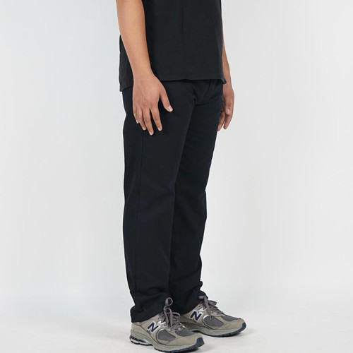 Foto Produk DailyOutfits Slim Straight Work Fit Pants Chinos 318 Black Exclusive - S dari Daily Outfits DYO