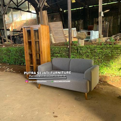 Foto Produk Lemari pajangan dan sofa caster 2 dudukan dari Putra Sejati Furniture
