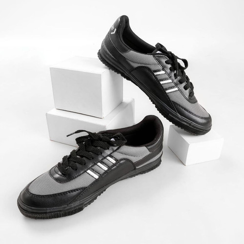 Foto Produk Sepatu Kodachi 8116 Grey Double Black dari yk raya