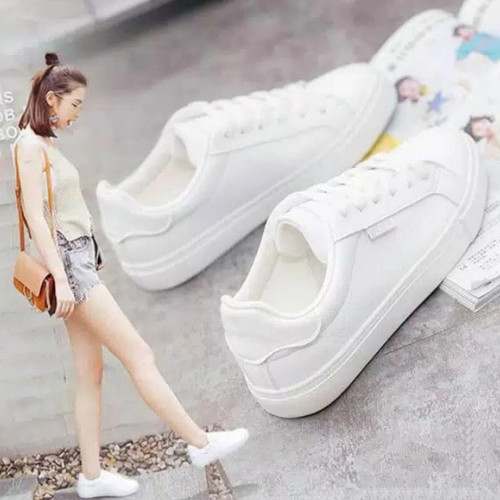 Foto Produk sepatu sneaker putih polos kets wanita murah ready no 36 37 38 39 40 - Putih, 37 dari MALKAN STORE