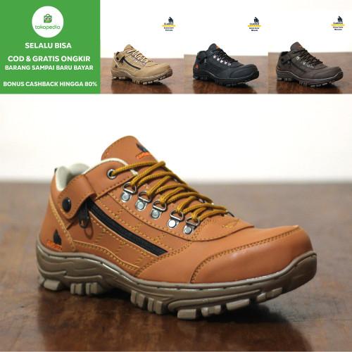 Foto Produk Sepatu Safety Keren Outdoor Proyek Kerja Cladico Lion Low - Cream, 41 dari Gudang Sepatu Official