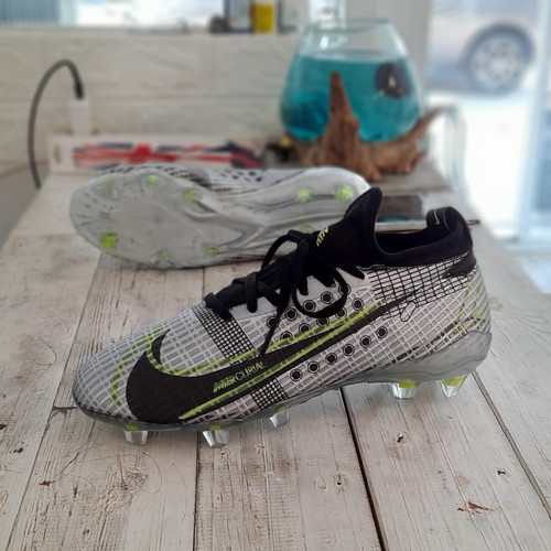 Foto Produk sepatu bola nike phantom venom club fg BERKUALITAS ORIGINAL PREMIUM - Hitam, 38 dari miranie.shop