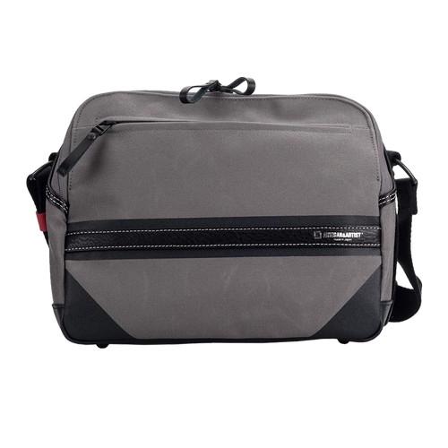 Foto Produk ARTISAN & ARTIST ACAM-9200 Canvas Camera Bag (Grey) dari Focus Nusantara