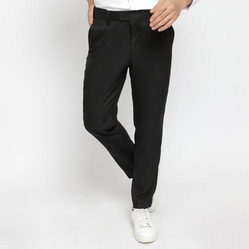 Foto Produk AKIRA Active trouser Black - 34 dari crowstudios