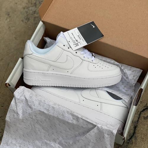 """Foto Produk Sepatu Nike AirForce 1 """"Triple White"""" Unisex Premium 1:1 Original BNIB - 36 dari 06_Sneakers"""