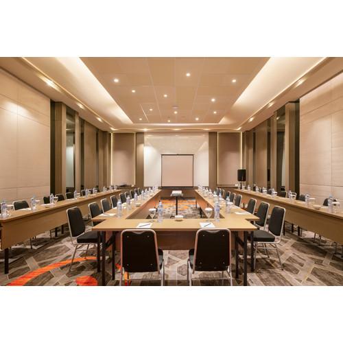 Foto Produk Voucher Meeting Room Luminor Hotel Kota dari Waringin group