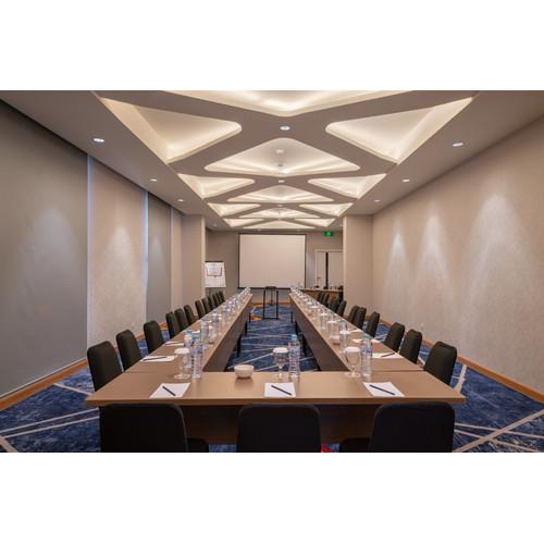 Foto Produk Voucher Meeting Room Luminor Hotel Sidoarjo dari Waringin group