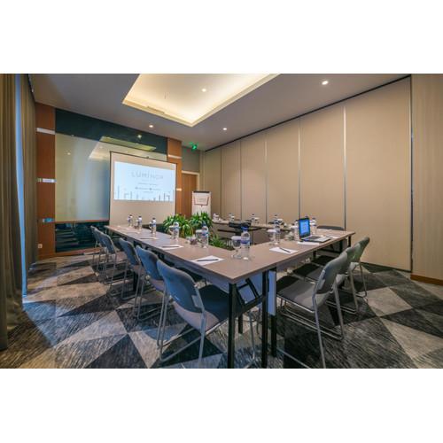 Foto Produk Voucher Meeting Room Luminor Hotel Jemursari dari Waringin group