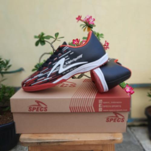 Foto Produk SEPATU FUTSAL SPECS MURAH PREMIUM BERKWALITAS - black red, 39 dari hartoop footwear & sport socks