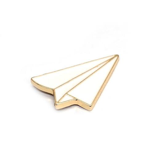 Foto Produk W! Accessories Pin Enamel all about World Traveller 776701 - pesawat kertas dari W! Accessories