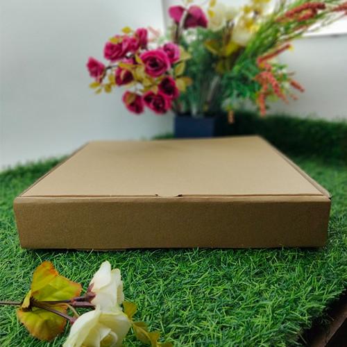 Foto Produk Kotak Dos Kardus Custom Hampers Polos Eflute 30 x 30 x 5 dari Rahmah Tas Kertas dan Kemasan