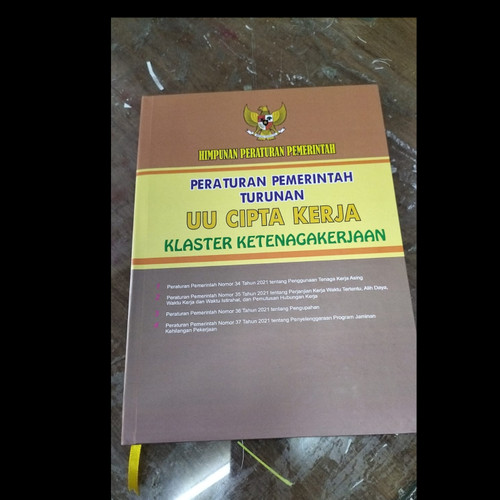 Foto Produk TURUNAN UU CIPTA KERJA-KLASTER KETENAGAKERJAAN dari Printing Bekasi Group