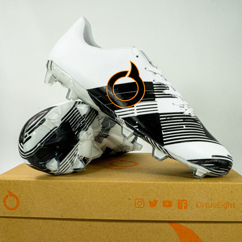 Foto Produk Sepatu Bola Ortuseight Libero FG Black White 11010279 Original BNIB - 40 dari KING OF DRIBBLE