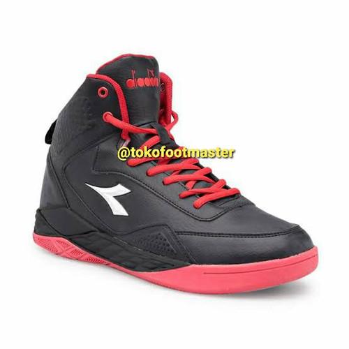 Foto Produk Sepatu Basket Diadora Original Spin Black Red DIAKB80809BR - PROMO dari Toko Sepatu FootMaster