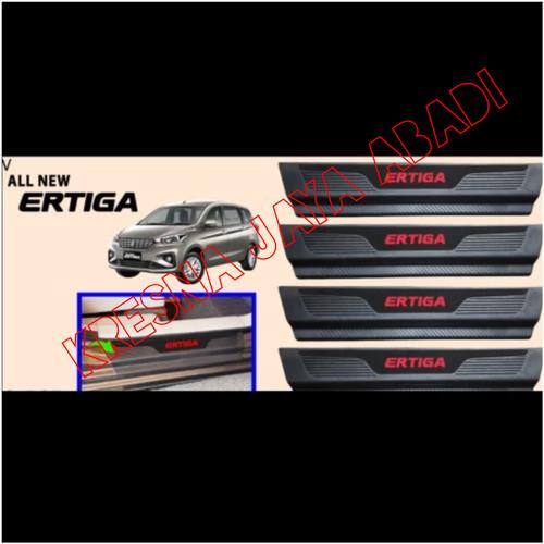 Foto Produk SILLPLATE SAMPING PLASTIK ALL NEW ERTIGA dari KRESNA CAR ACCESORIES