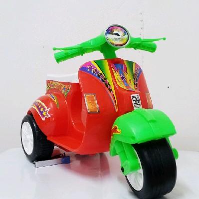 Foto Produk Mainan Motor Vespa Mini / Skuter Anak Balita / Skuter Roda Tiga dari S&E Toys