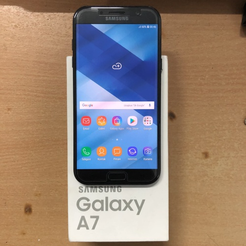 Foto Produk Samsung Galaxy A7 2017 Black Super Mulus Garansi SEIN fullset dari gadgetgeex