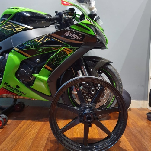 Foto Produk Velg ZX10R Carbon BST Ori Afsel Karbon Kawasaki dari Candi Motor