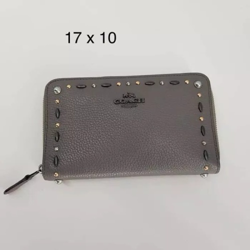 Foto Produk Dompet coach original - medium zip wallet grey/chalks rivets la dari watchaddictstore