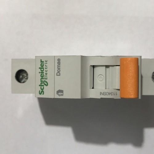 Foto Produk MCB 1p 6amp Domae 4,5kA Schneider dari DONEX