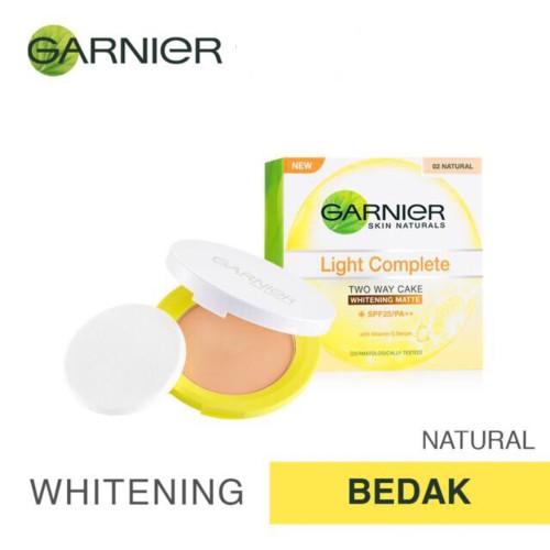 Foto Produk Garnier Light Complete Visible Whitening Face Powder SPF 18 - Bedak - Ivory dari Nate&Molly