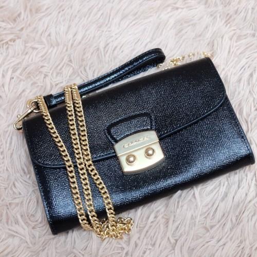 Foto Produk Coach wallet on chain dari Reenzbranded