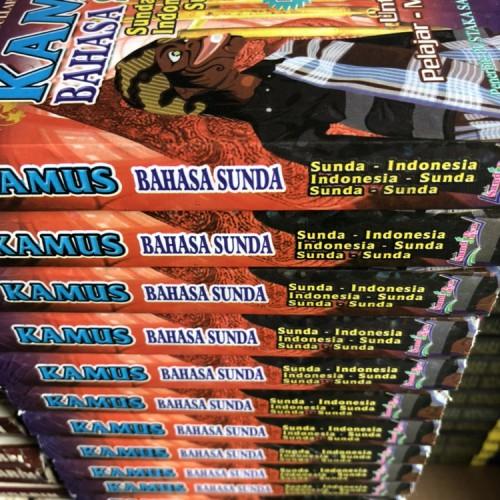 Foto Produk Kamus Bahasa Sunda / Kamus Basa Sunda / Kamus Praktis Bahasa Sunda dari Kinantikomik