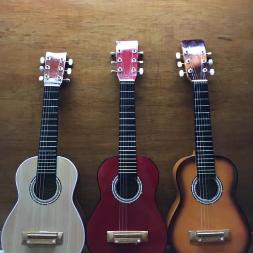 Foto Produk Gitar mini acoustik senar 6 gitar kecil gitarlele ukulele dari Gema Sports