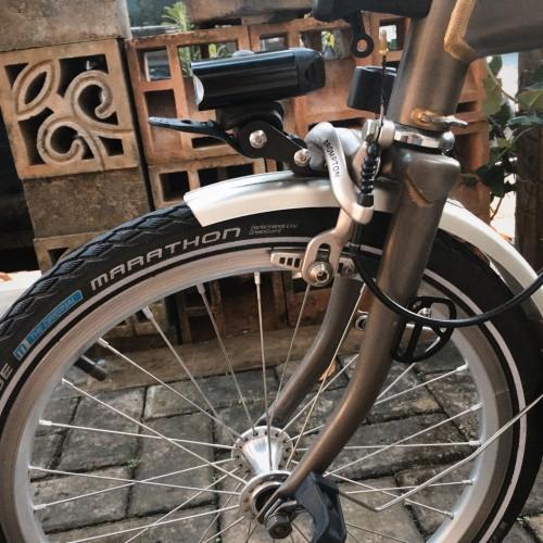 Foto Produk General front light or lamp bracket adaptor for brompton dari Toko gadget 99