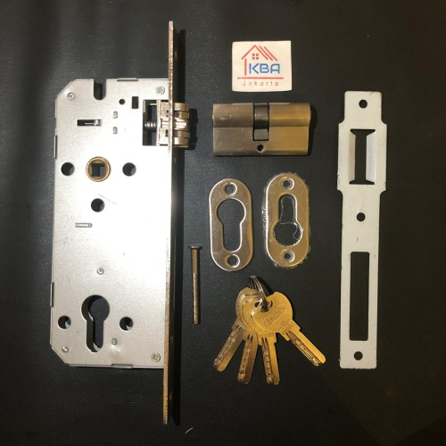 Foto Produk Body Kunci Pelor Busa VPR / Yaris dari Kana Berkat Abadi